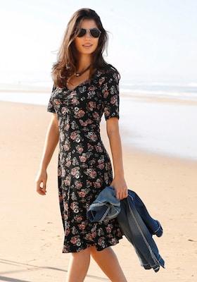 geblümtes Strandkeid