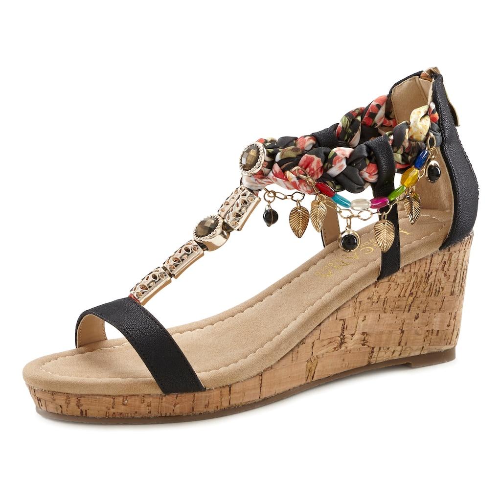 LASCANA Sandalette, mit Keilabsatz und mit modischer Verzierung