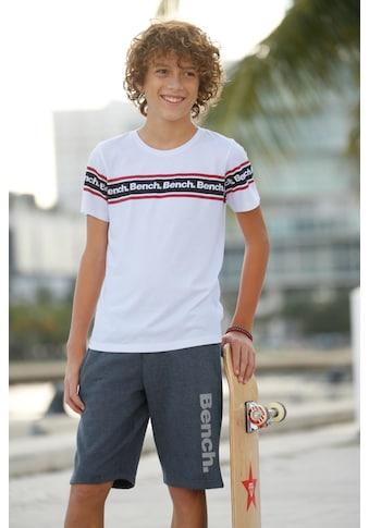 Bench. T-Shirt, mit Druck in Streifenoptik kaufen