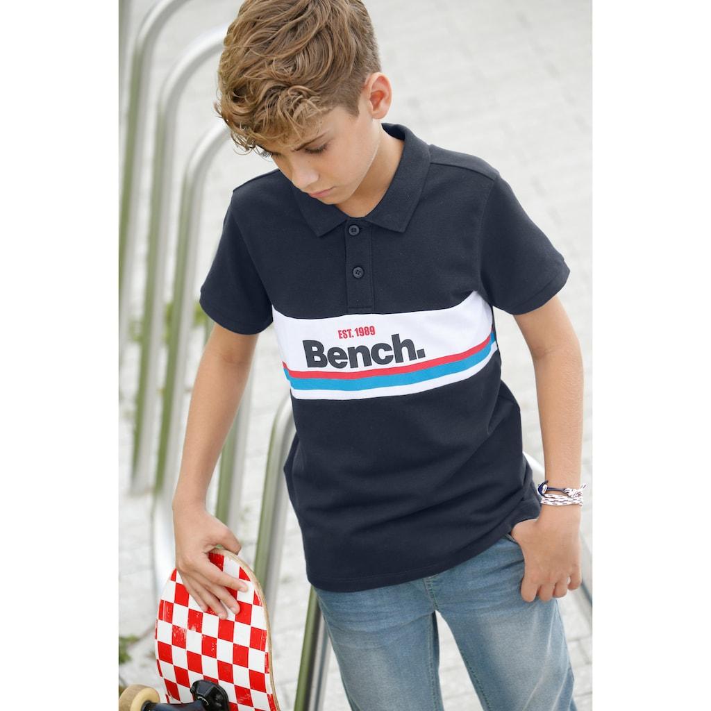 Bench. Poloshirt, mit Streifen und Druck