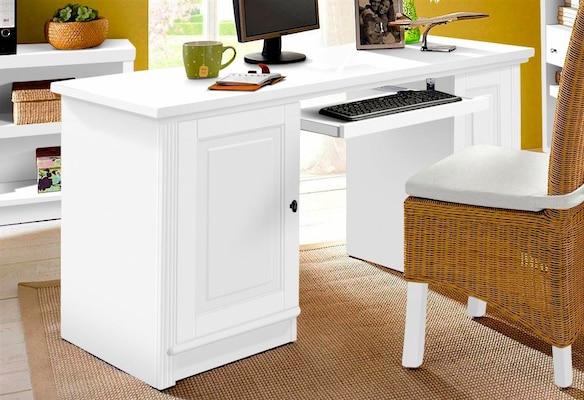 weißer Computertisch