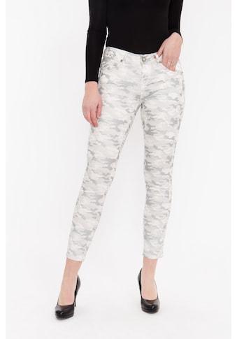 ATT Jeans Röhrenhose »Belinda«, verkürzte Länge mit Tarnmuster und Nieten kaufen
