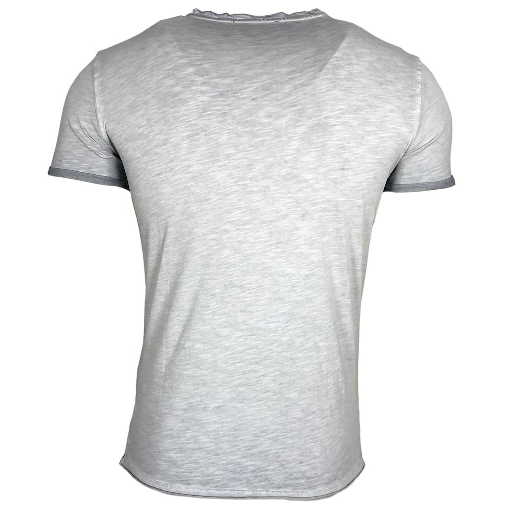 Rusty Neal T-Shirt mit Brusttasche