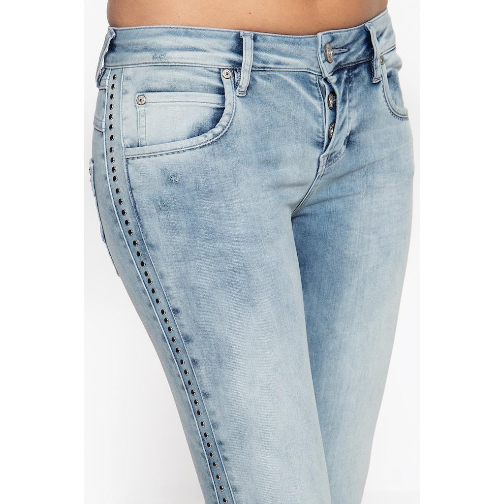 ATT Jeans Slim-fit-Jeans »Delia«, mit seitlichem Nietenstreifen