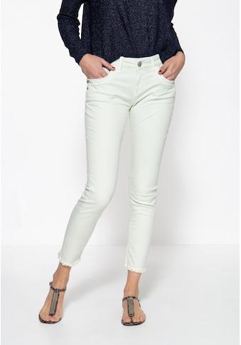 ATT Jeans 5-Pocket-Jeans »Leoni«, mit offenen Saumkanten und leichter Waschung kaufen