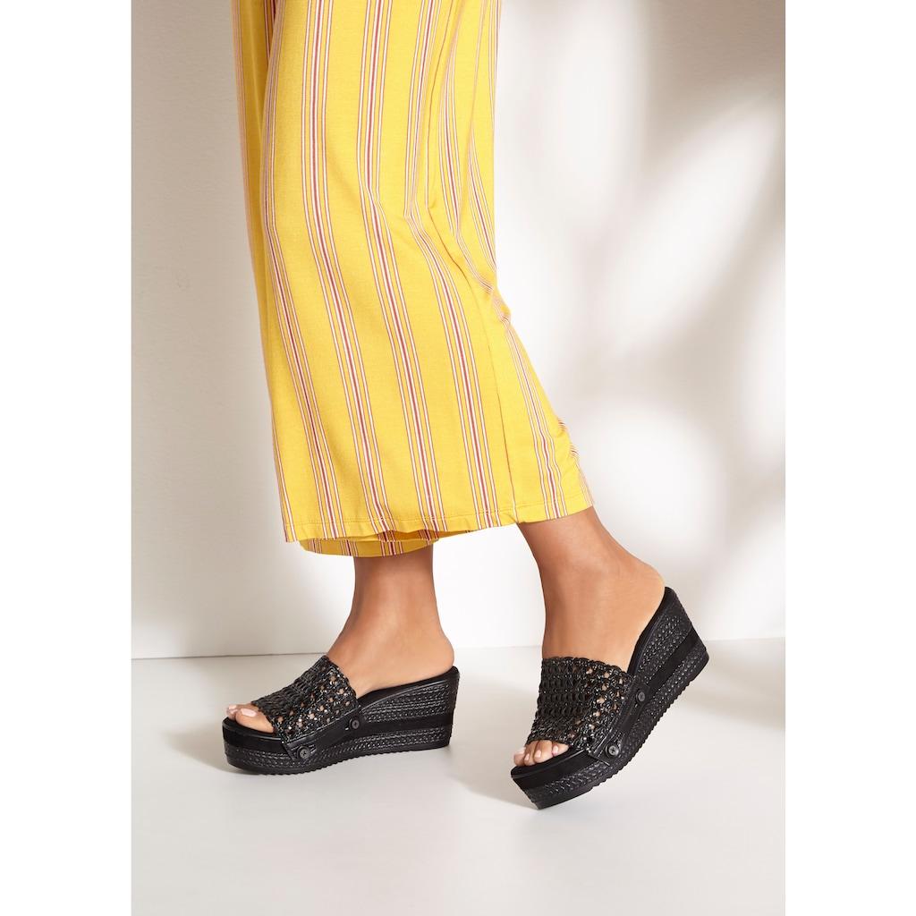 LASCANA Pantolette, mit Keilabsatz und leicht abknöpfbaren Oberteilen Dank Knopf
