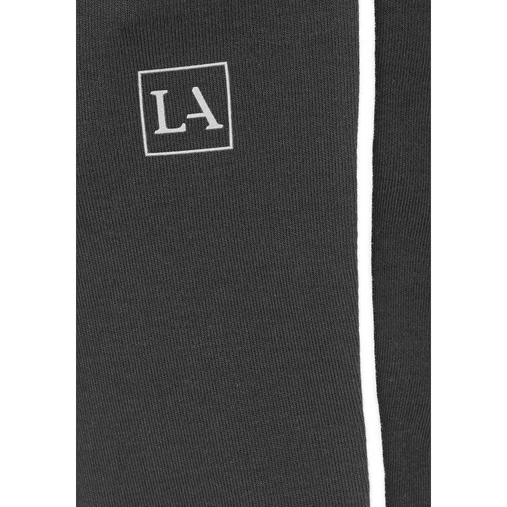 LASCANA Jogginghose, mit Biesen und Reißverschlusstaschen