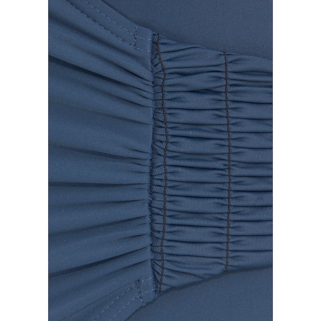 LASCANA Badeanzug, Mit seitlicher Raffung