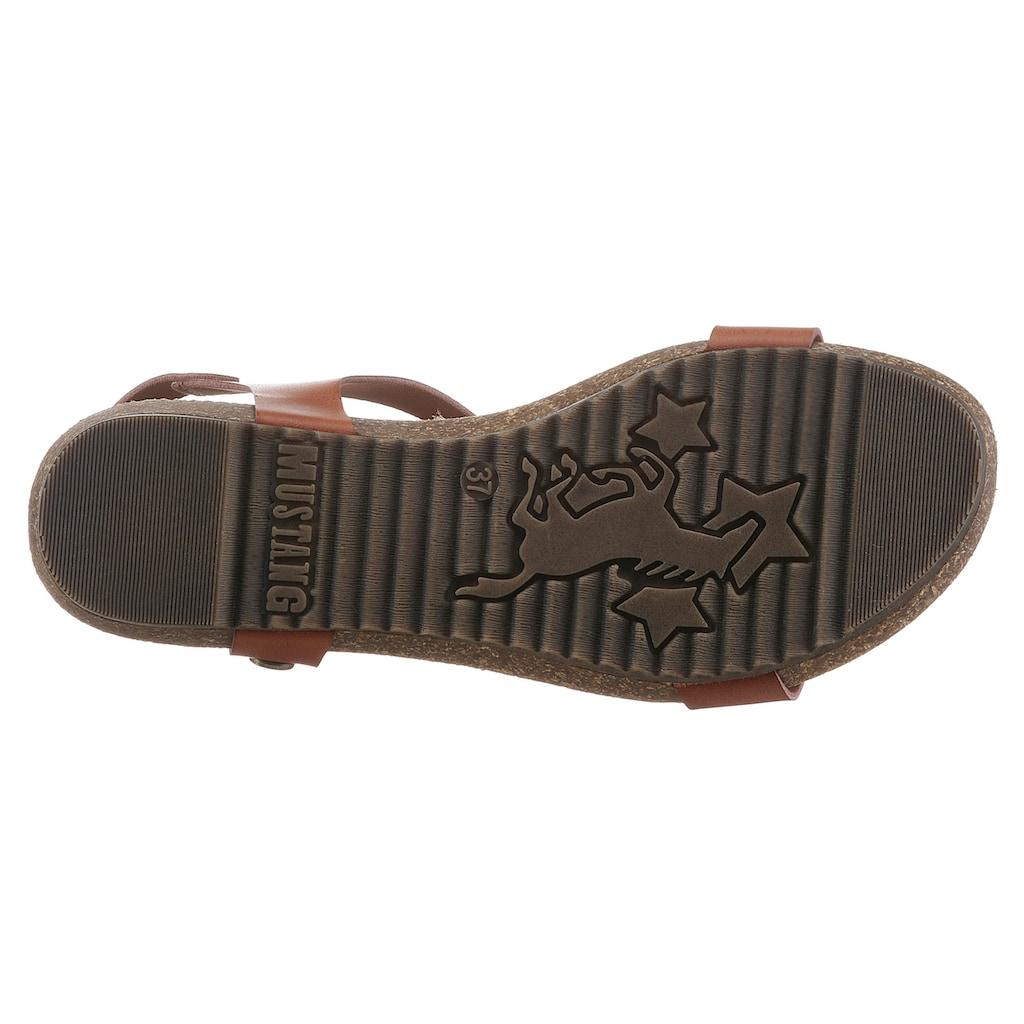 Mustang Shoes Riemchensandale, mit Nieten dezent geschmückt