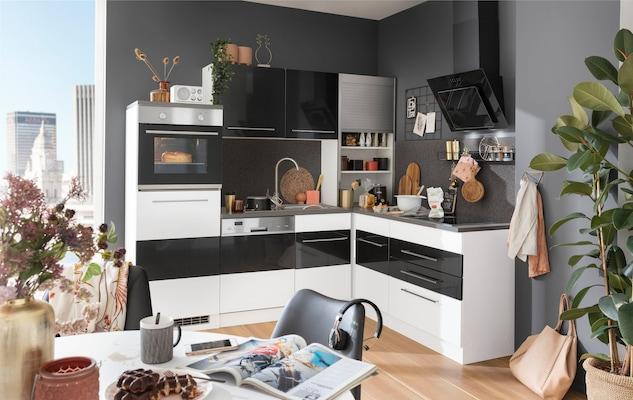 Eckküche in Schwarz-Weiß Hochglanz