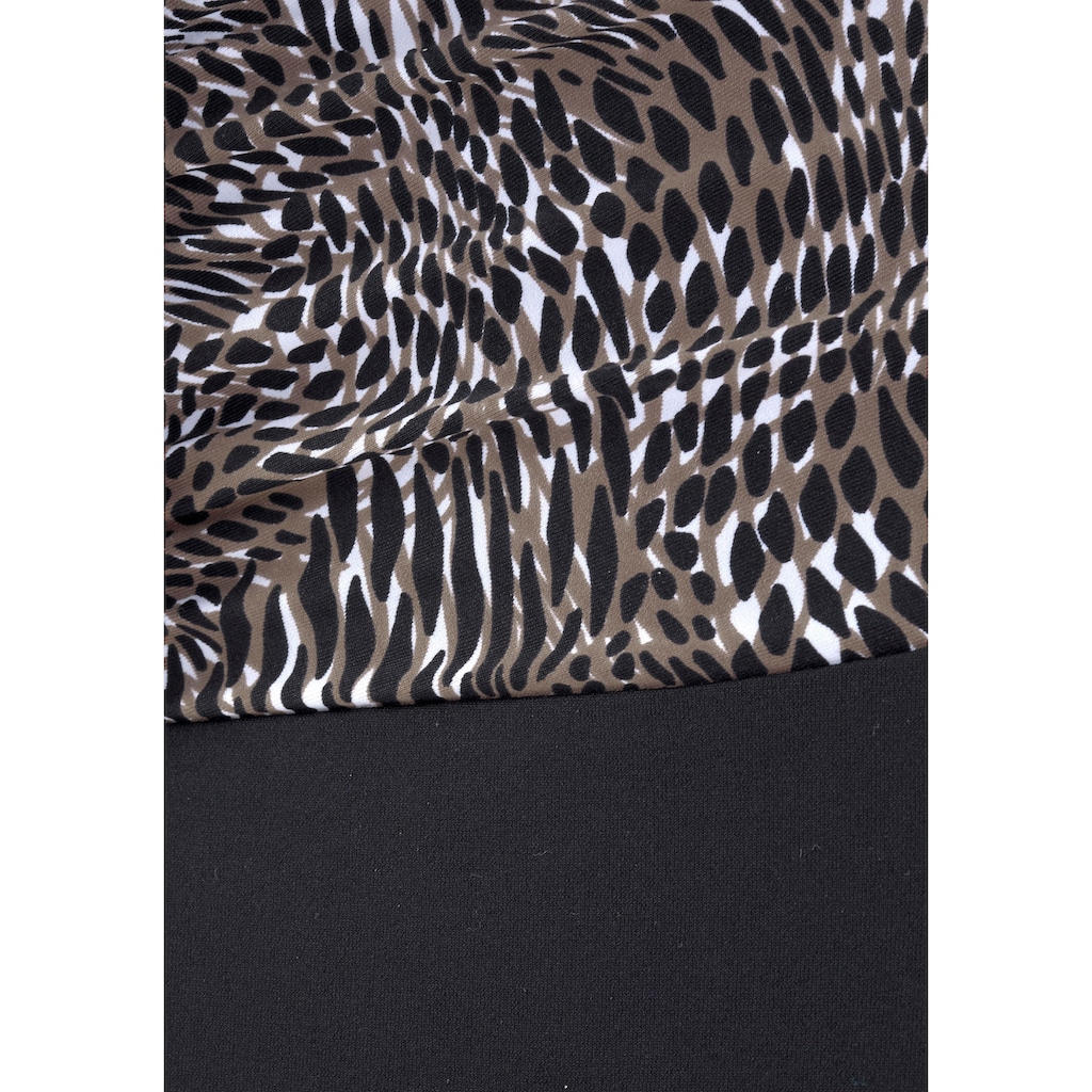 LASCANA Badeanzug, mit trendigem Animalprint und Shaping-Effekt