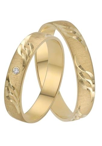 Firetti Trauring mit Gravur »4,0 mm, quergebürstet, mit Diamantschnitt in Wellenform, Gelbgold« kaufen