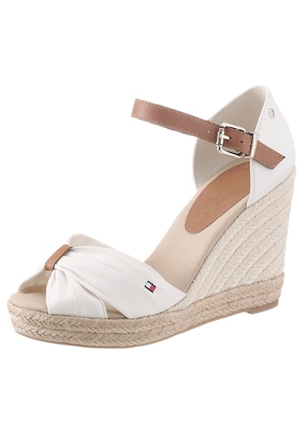 TOMMY HILFIGER High-Heel-Sandalette »BASIC OPENED TOE HIGH WEDGE«, mit dezenter Logostickerei kaufen