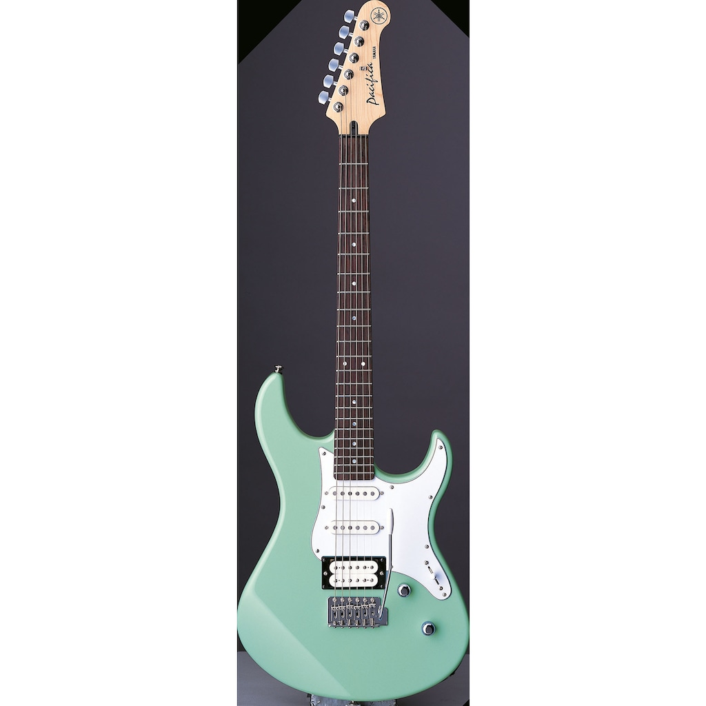 Yamaha E-Gitarre »PA112VSBRL, Sonic Blue«