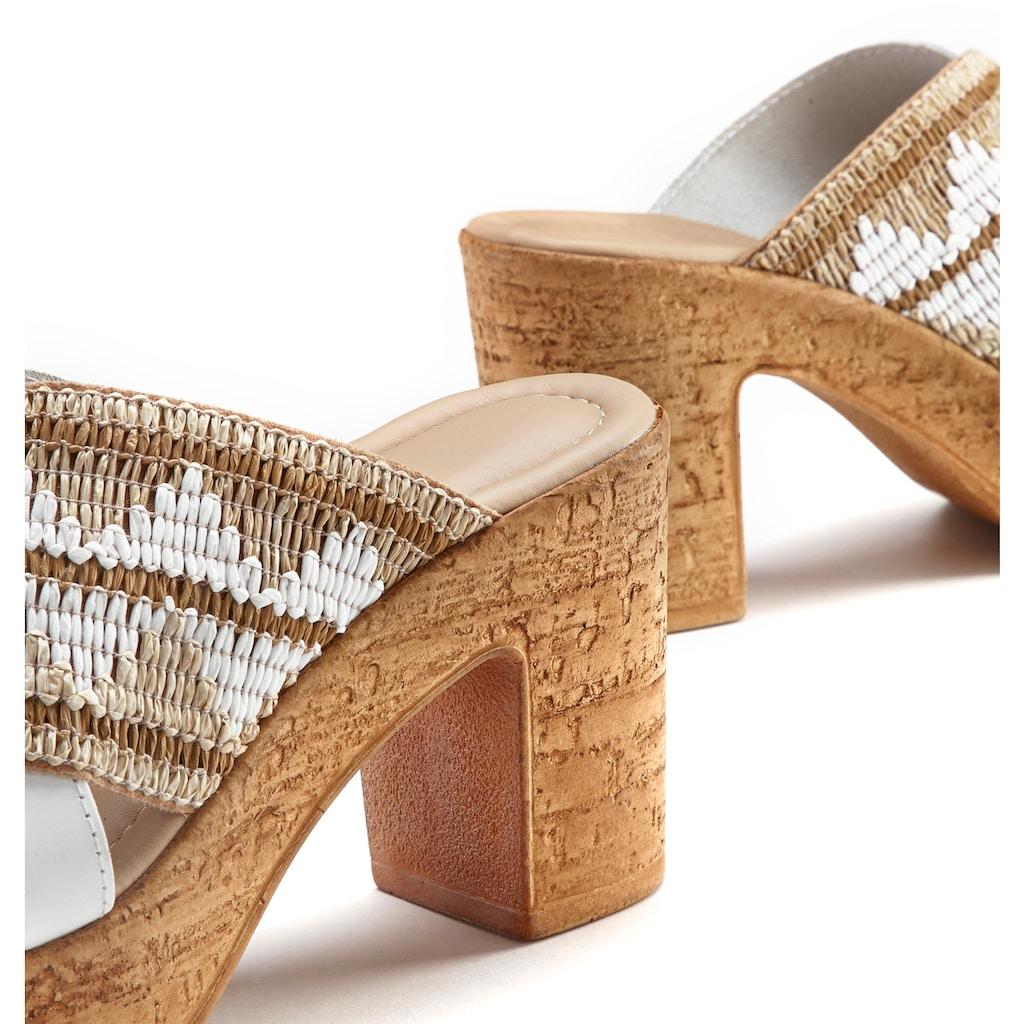 LASCANA Pantolette, aus hochwertigem Materialmix mit bequemen Blockabsatz