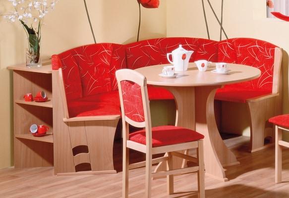 Polsterbank aus Holz mit rotem Bezug