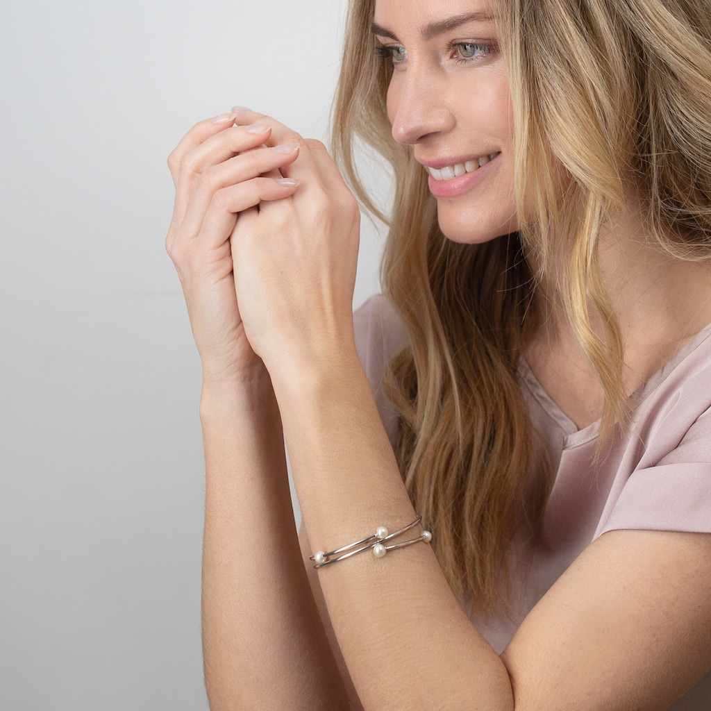 AILORIA Armband »MIDORI Armreif Silber/weiße Perle«, Größenverstellbar
