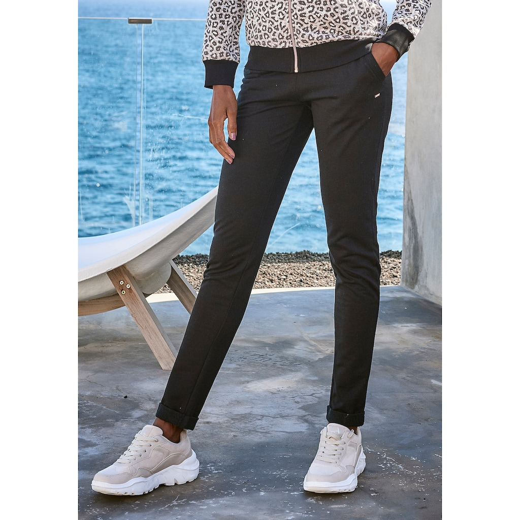LASCANA Loungepants, mit modischem Umschlagsaum