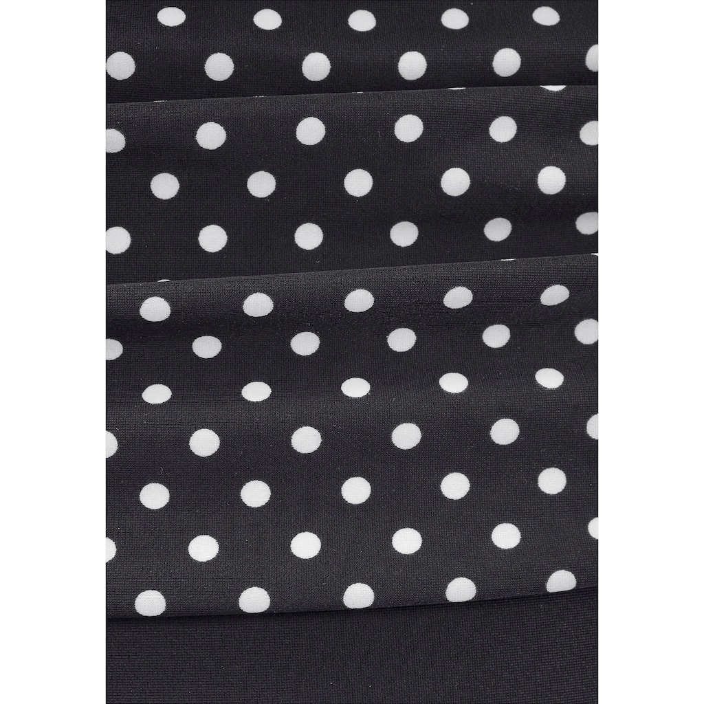 LASCANA Badeanzug »Merilyn«, im eleganten Design mit Shaping-Effekt