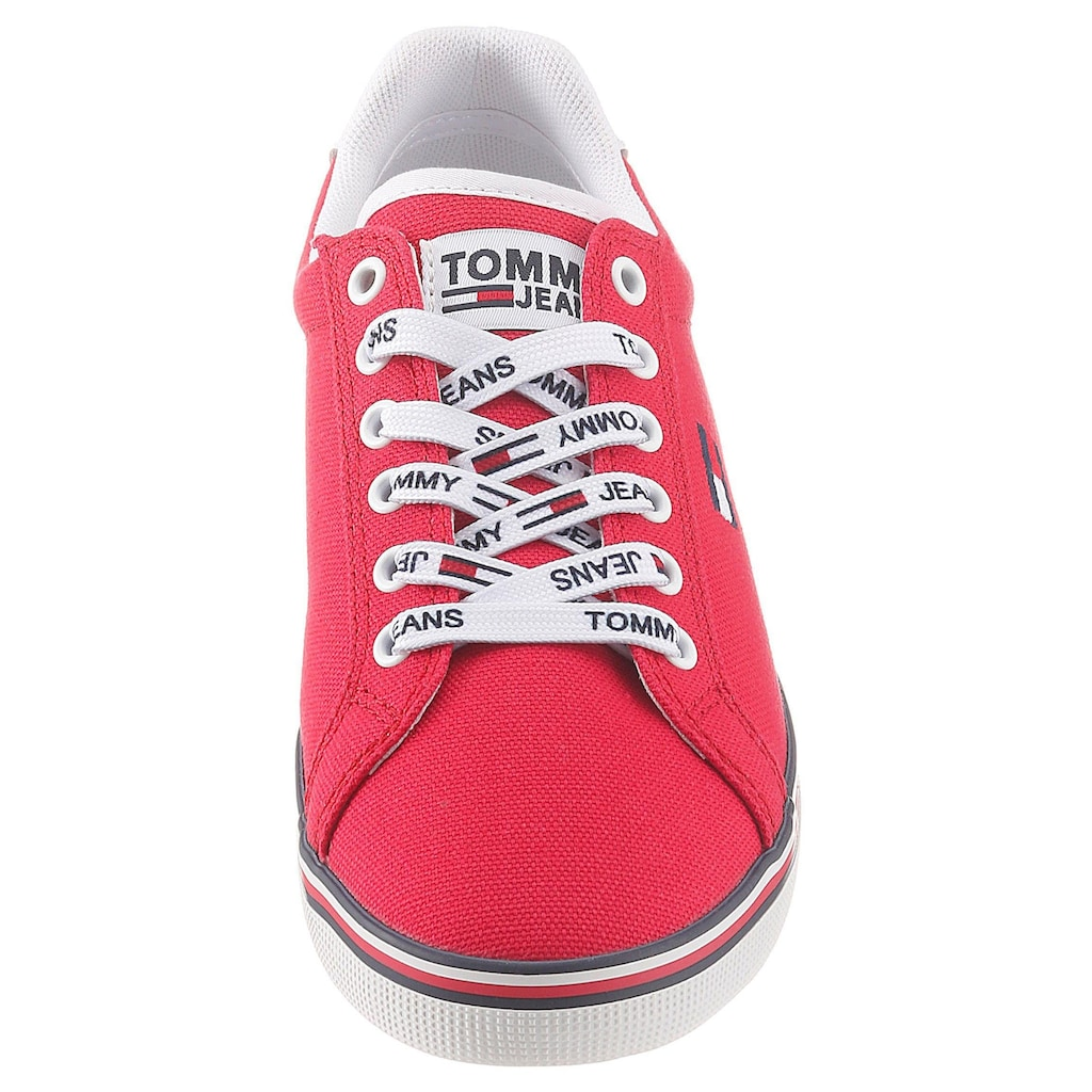 Tommy Jeans Sneaker »ESSENTIAL LACE UP SNEAKER«, mit Logoemblem