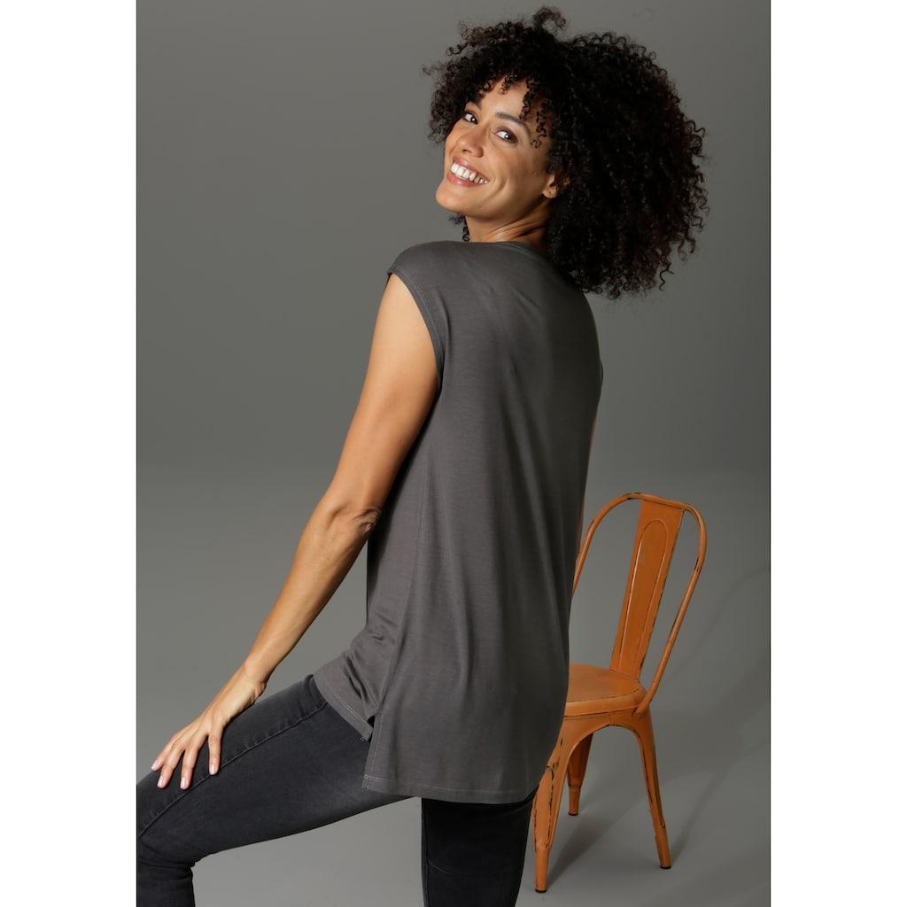 Aniston CASUAL T-Shirt, mit Frontdruck, teilweise glitzernder Folienprint