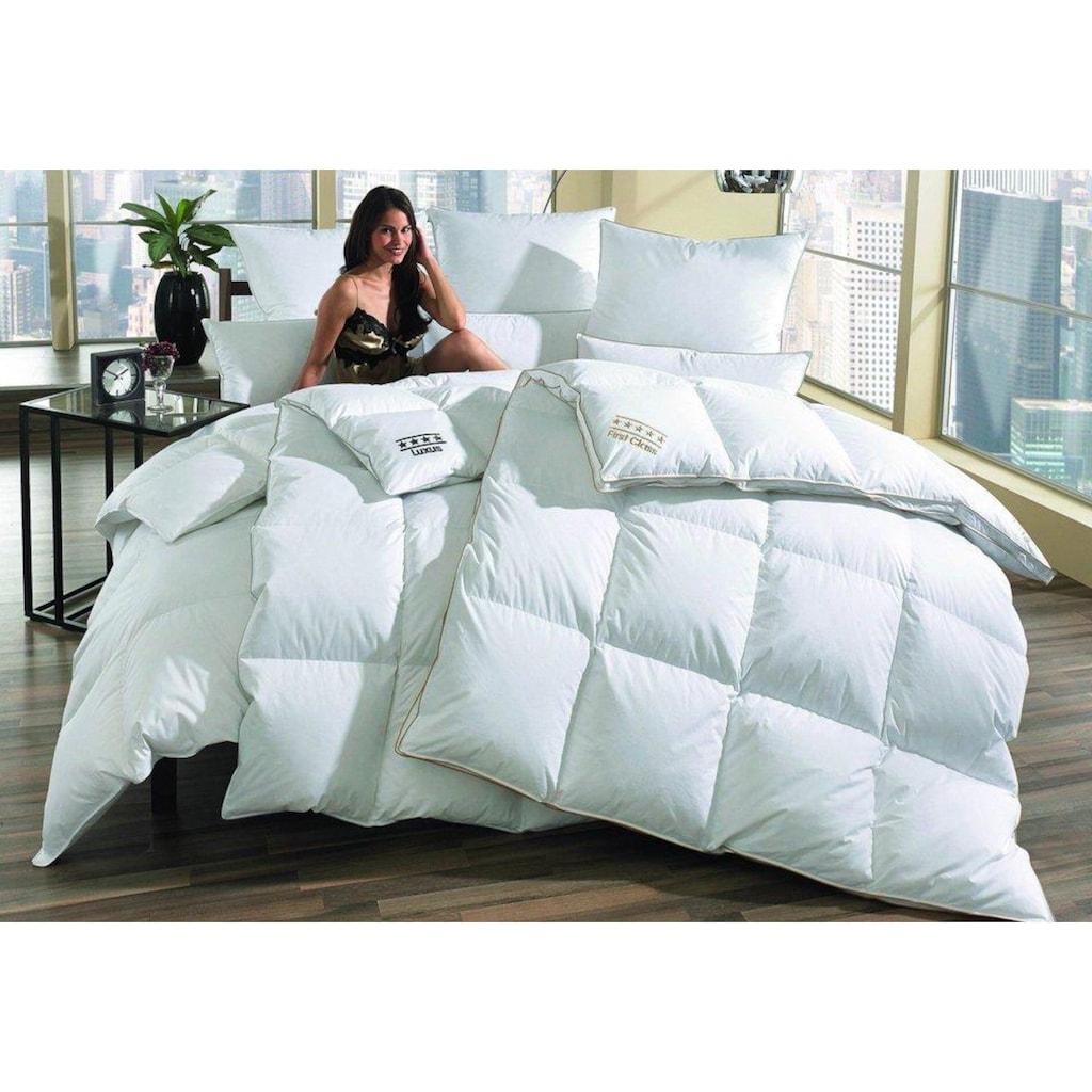 OBB Daunenbettdecke »DeLuxe«, Füllung Füllung: 50, 70 oder 90% Daunen, Bezug 100% Baumwolle, (1 St.), Kein Lebendrupf