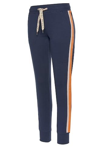 Bench. Sweatpants, mit Kontraststreifen und Logobändern kaufen