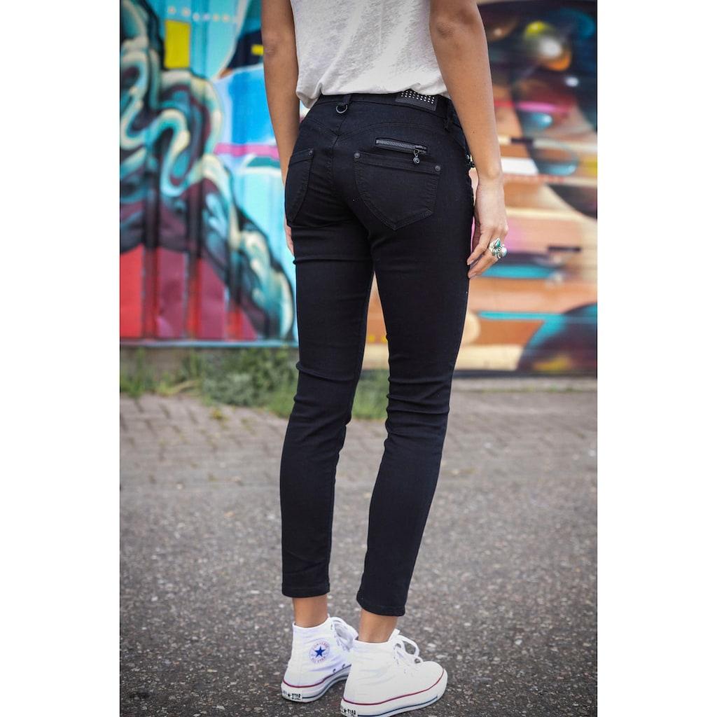 Freeman T. Porter Skinny-fit-Jeans »ALEXA S-SDM«, mit Passe in Herzform für einen tollen Apfel Po