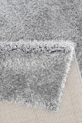 grauer Shaggy-Teppich