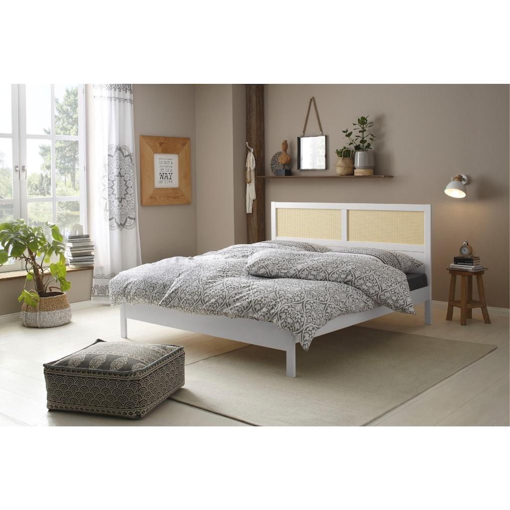 Home affaire Bett »Owen«, aus Massivholz mit Rattan Geflecht im Kopfteil, in zwei unterschiedlichen Breiten und Farbvarianten