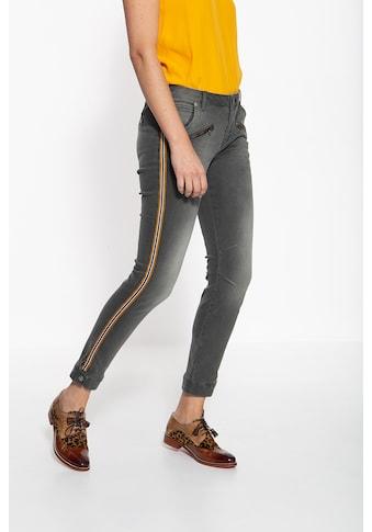ATT Jeans Slim-fit-Jeans »Lola«, mit sportlichem Band an den Seitennähten kaufen