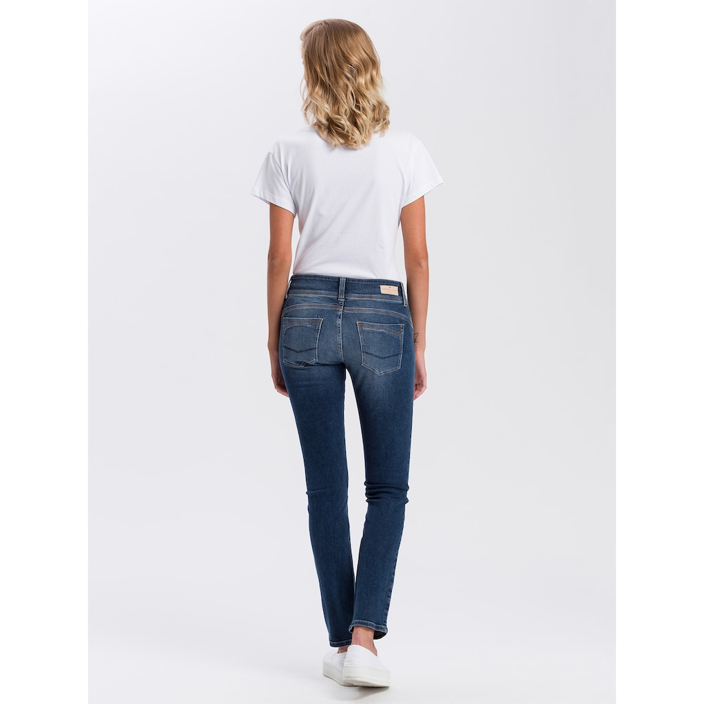 Cross Jeans® Straight-Jeans »Loie«, Doppelter Knopf