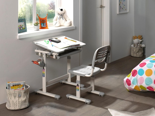 Kinderschreibtisch mit Schreibtischstuhl