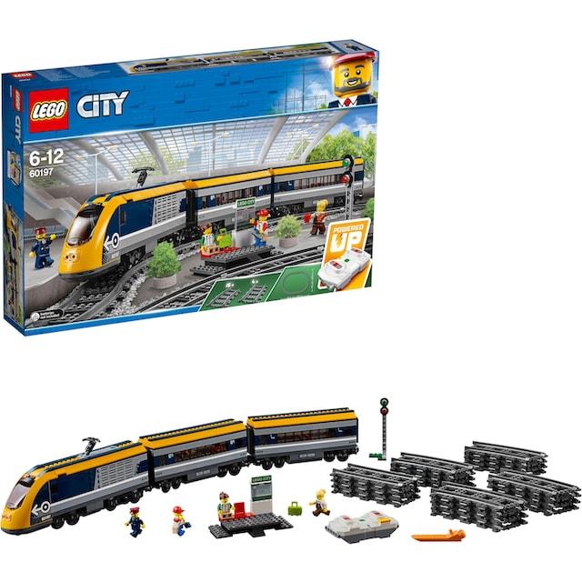"LEGO® Konstruktionsspielsteine ""Personenzug (60197), LEGO® City"", Kunststoff, (677-tlg.)"