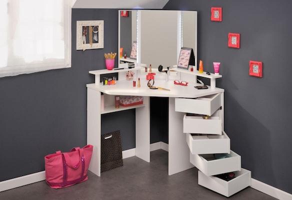 Eckschminktisch mit vielen Schubladen