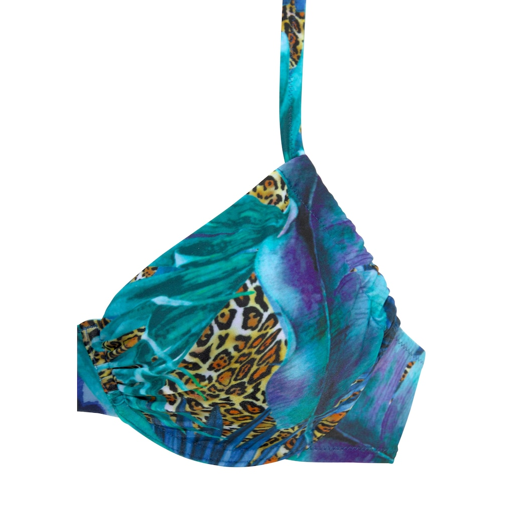 LASCANA Bügel-Bikini, mit höher geschnittener Hose
