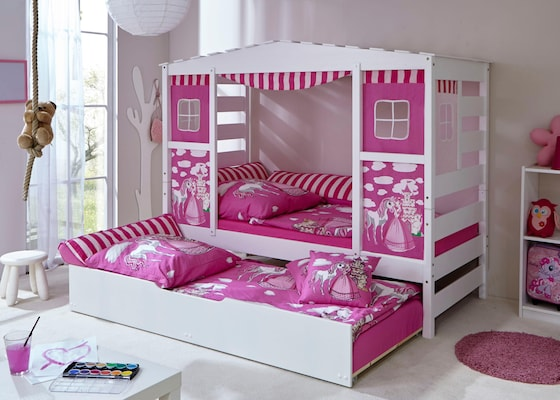 Kinderbett in Weiß mit Vorhängen in Rosa und zusätzlich ausziehbarem Bett