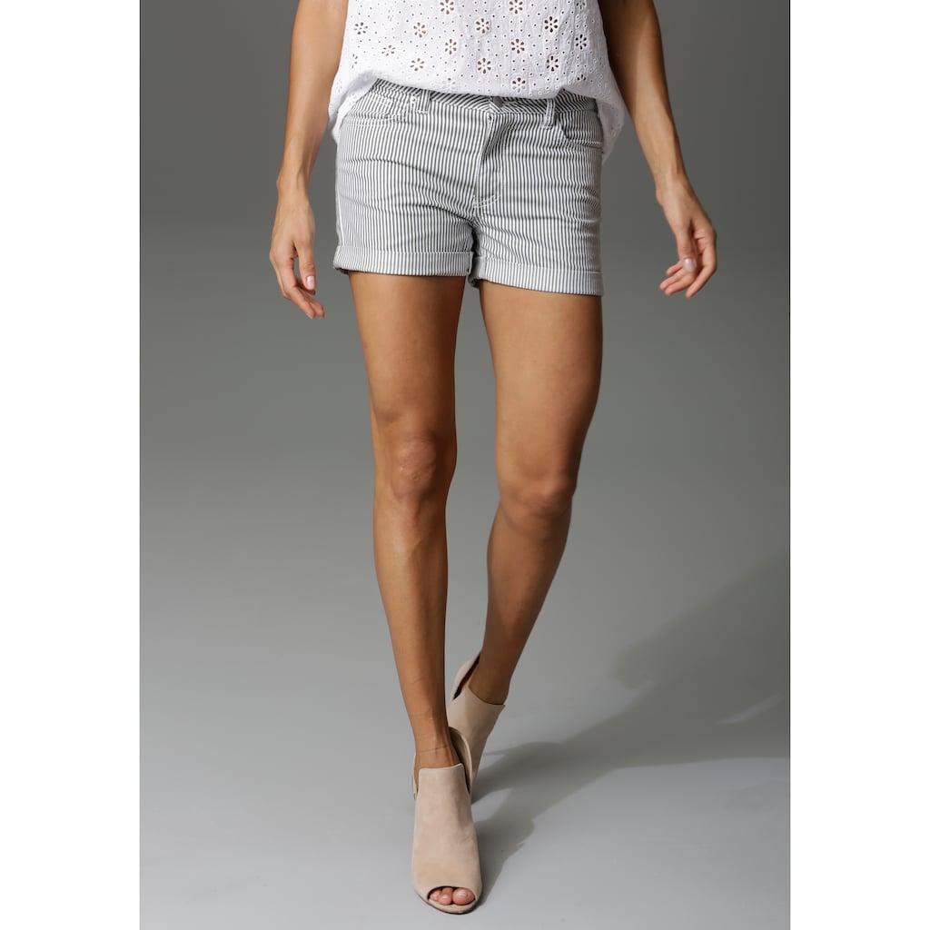 Aniston CASUAL Shorts, im Streifen-Look