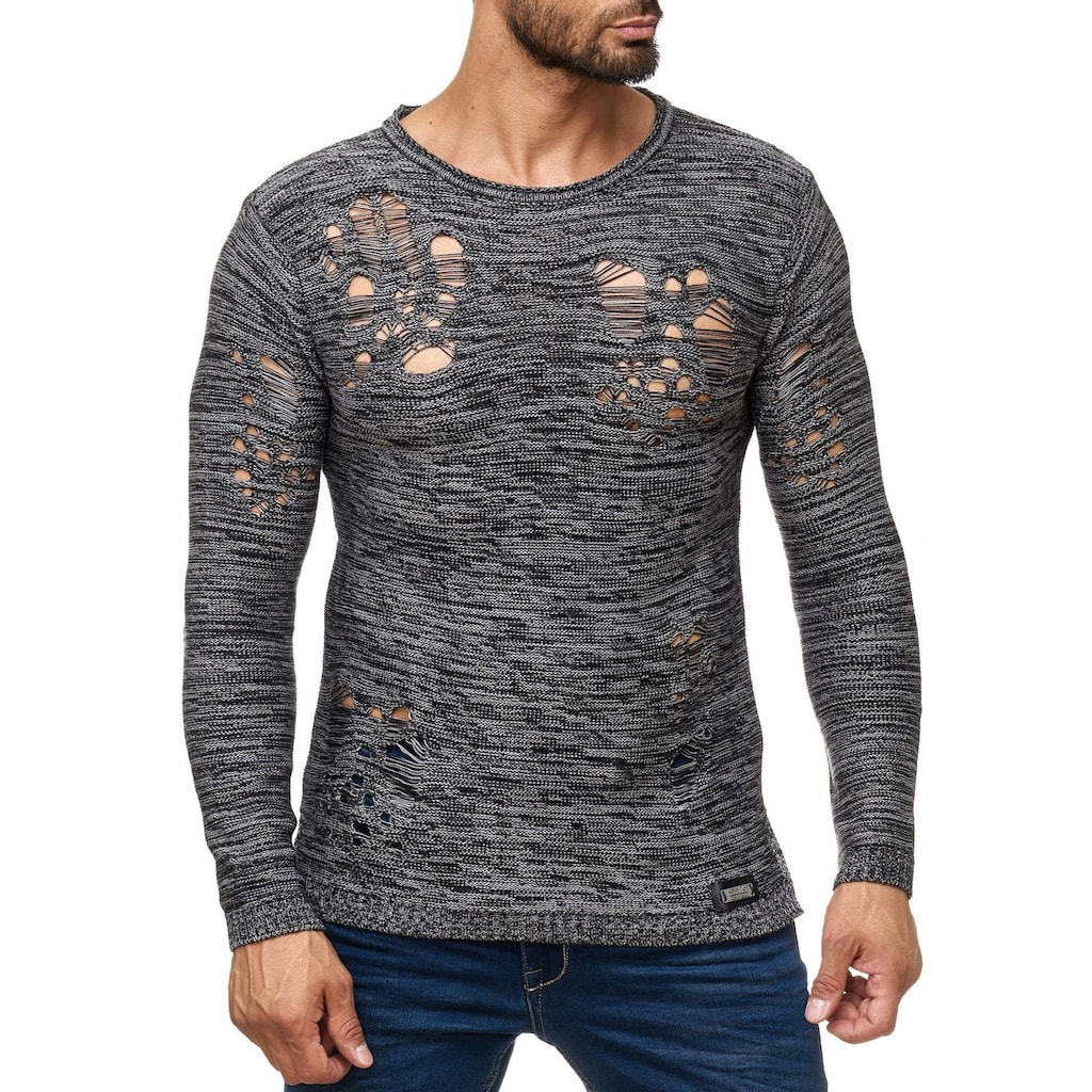 Rusty Neal Pullover mit coolem Lochmuster