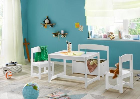 weißer Kindertisch mit Kinderstühlen