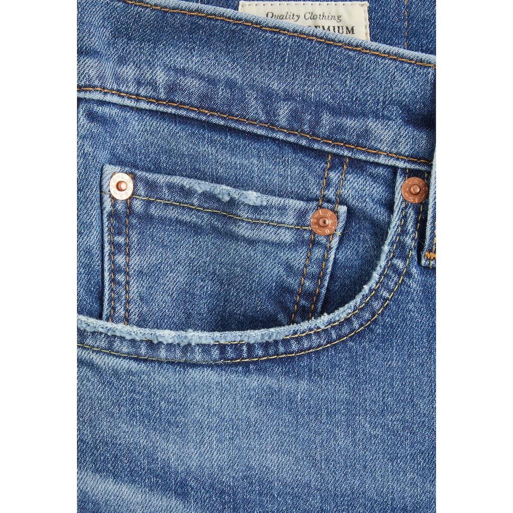 Levi's® Skinny-fit-Jeans »SKINNY TAPER«, mit Markenlabel