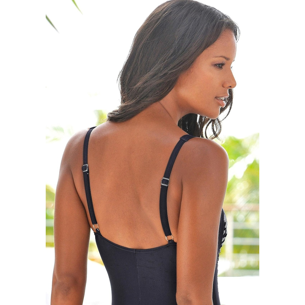 LASCANA Badeanzug, im modischen Design mit Shaping-Effekt