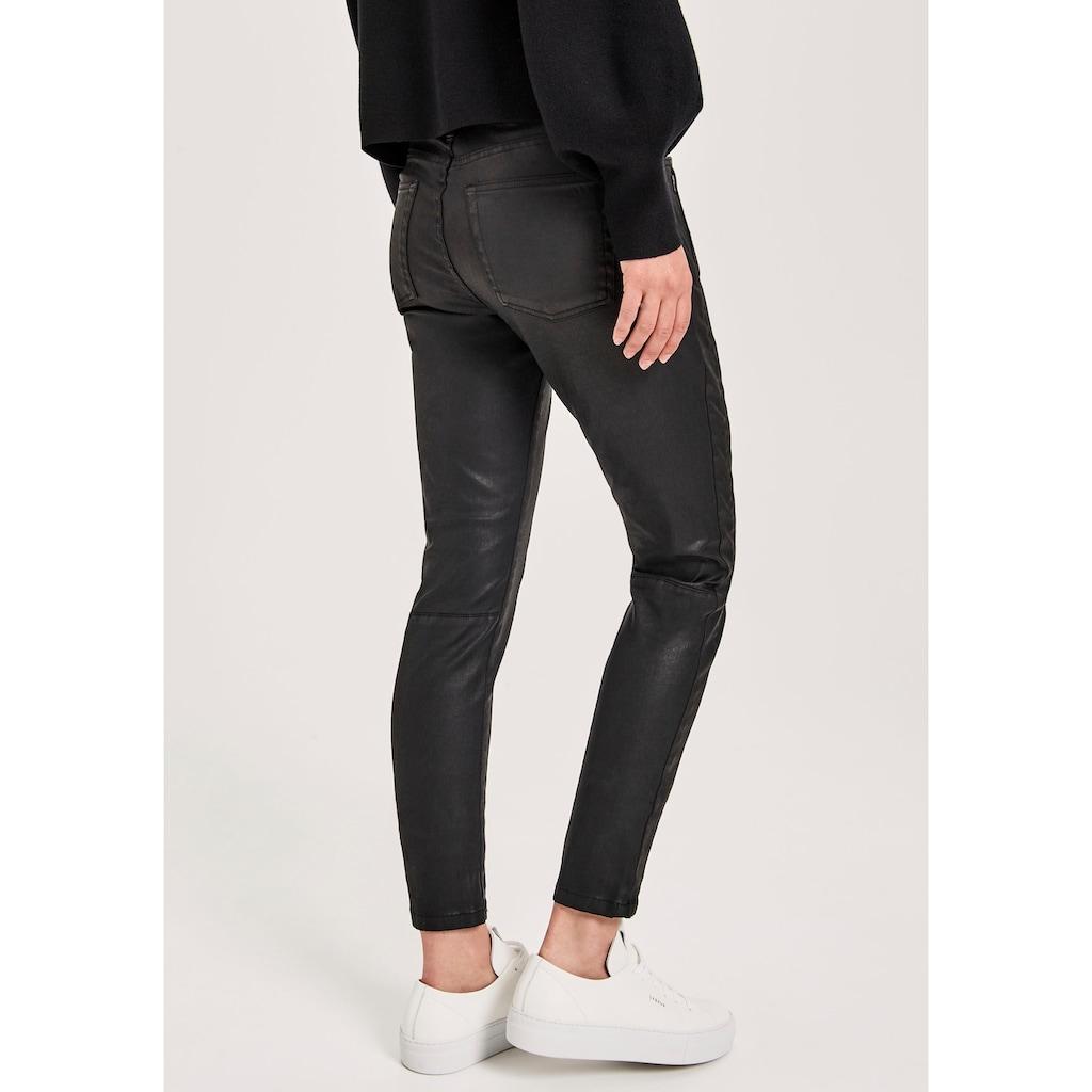 OPUS Skinny-fit-Jeans »Evita refined«, mit leicht scheinender Beschichtung