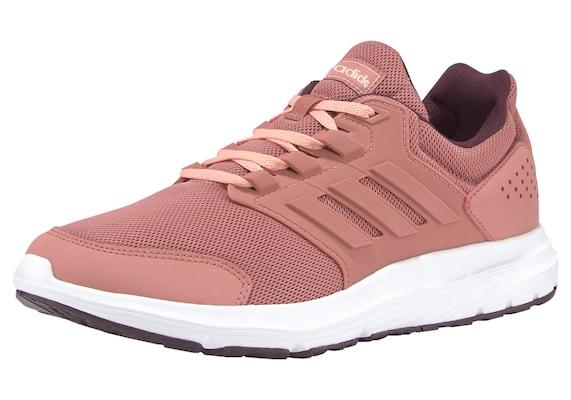 rosafarbener adidas Laufschuh