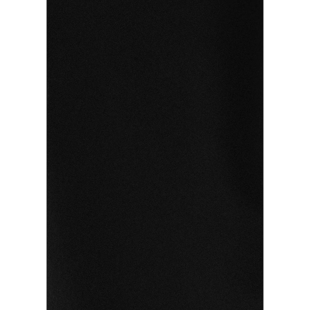 Bench. Relaxhose, mit aufgesetzten Streifen an der Seite