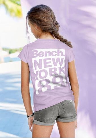 Bench. T-Shirt, mit großem Rückenprint kaufen