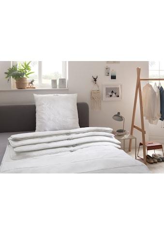 Älgdröm Kunstfaserbettdecke »Skagern«, leicht, Füllung Polyesterfaser, Bezug 100% Baumwolle, (1 St.), Überzeugendes Preis-Leistungsverhältnis! kaufen