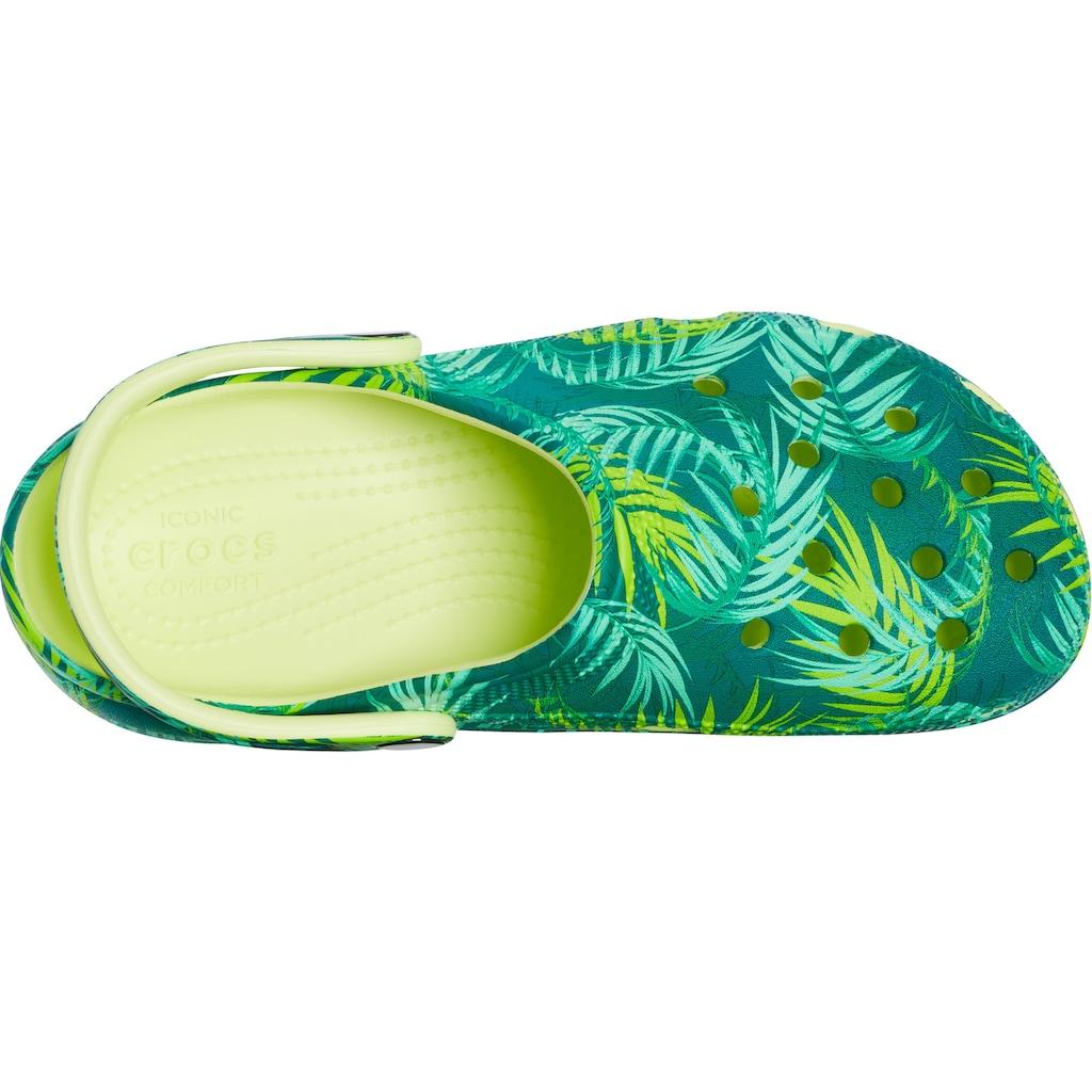 Crocs Clog »Classic Platform Tropical Clog W«, mit allover Dschungel-Print