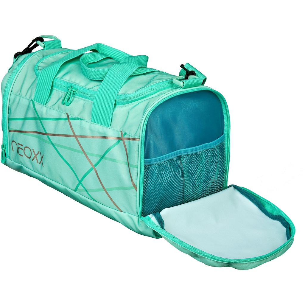 neoxx Sporttasche »Champ, Mint to be«, aus recycelten PET-Flaschen