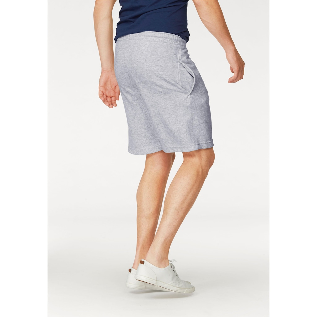 Fruit of the Loom Sweatshorts, in bequemer Form